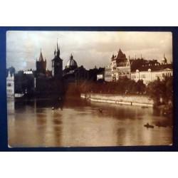CP Prague, quai de la...